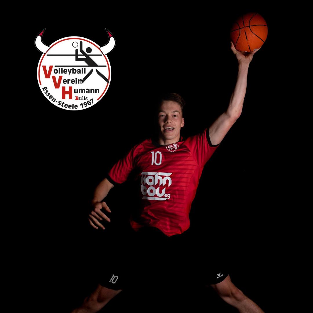 #14 Niklas Bach mit Humann Essen Bulls